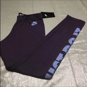 Nike Pants - MEDIUM NIKE FULL LENGTH LEGGINGS NWT